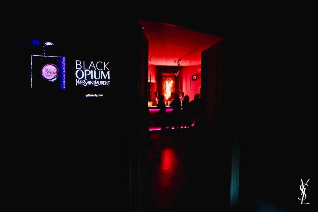Yves Saint Laurent_Black Opium_Eau de Toilette_27