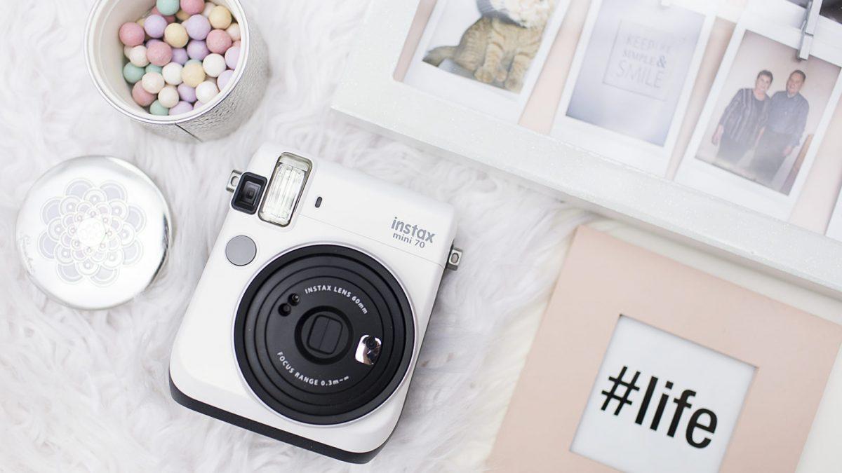 Instax Mini 70 – Magia fotografii natychmiastowej