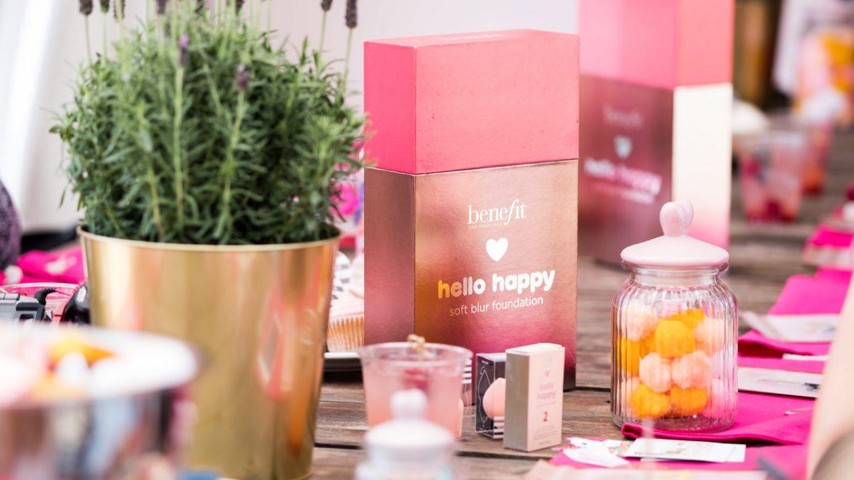 #Beautynews: Nowy, lekki podkład od Benefit Hello Happy