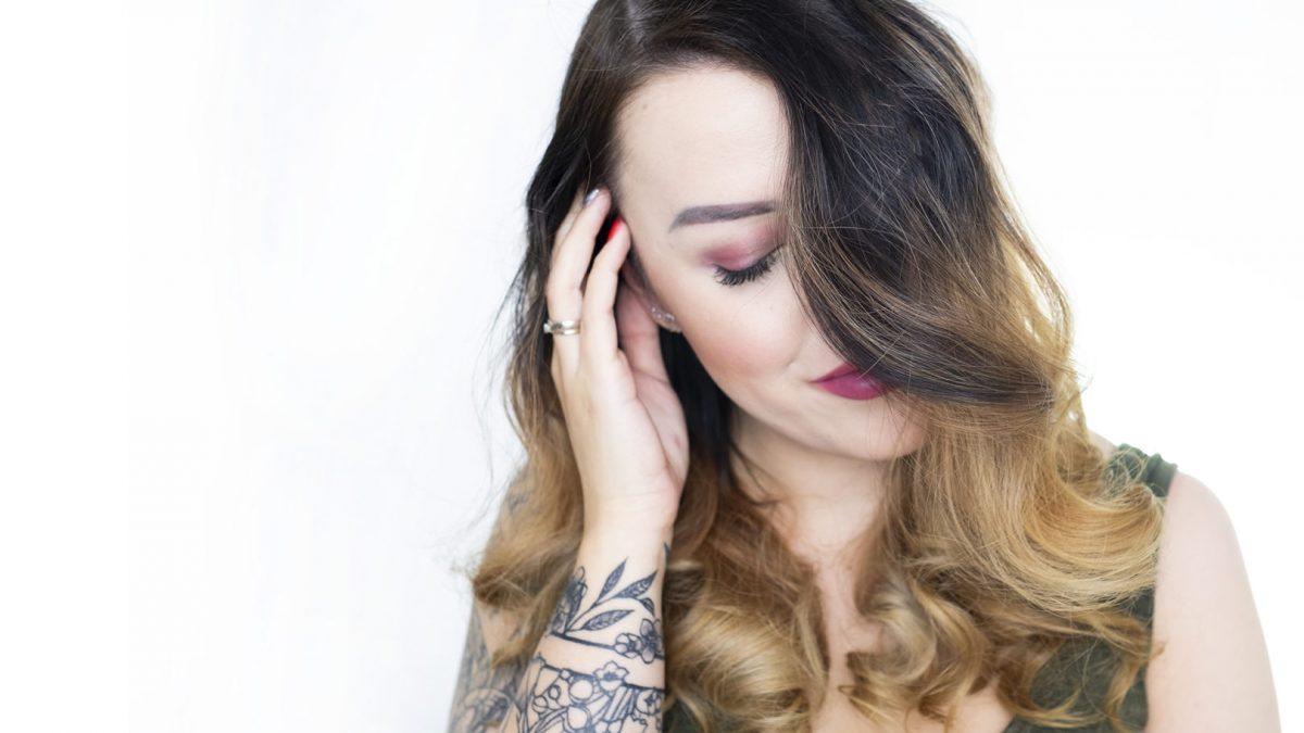 Wypadanie włosów- co zrobić, aby je zahamować?