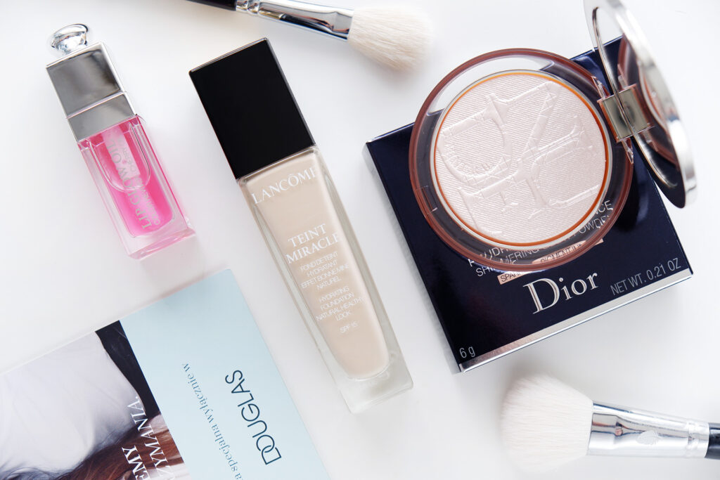 Minimalistyczny glow makijaż rozświetlający dla każdego